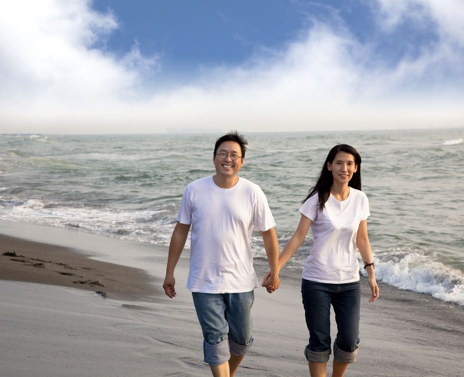 Bringing a fiance or spouse to the U.S? We can help you with the process